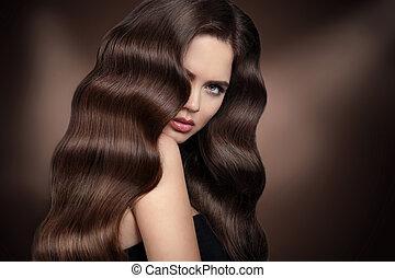 ondulé, brillant, hairstyle., soin, long, stare., girl, products., cheveux, hair., beauté, brunette, healhy, portrait., belle femme, brun, modèle