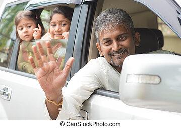 ondulación, coche, indio, familia , manos