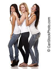 ongedwongen, drie vrouwen