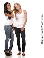ongedwongen, twee vrouwen