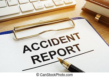 ongeluk, rapport, en, pen, op, een, desk.
