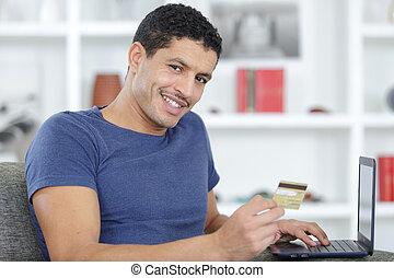 online, ordem, homem sorridente, fazer