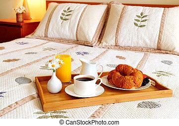 ontbijt, hotelkamer, bed