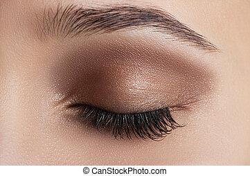 oog, makeup.