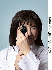 oogarts, gebruik, opthalmoscope