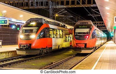 oostenrijks, voorstedelijk, treinen, op, feldkirch, station