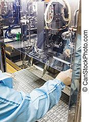 opérateur, industrie pharmaceutique, travail, infusion