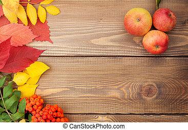 op, bladeren, herfst, hout, rowan, appeltjes , achtergrond, besjes