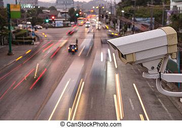 op, cctv fototoestel, het werken, veiligheid, straat