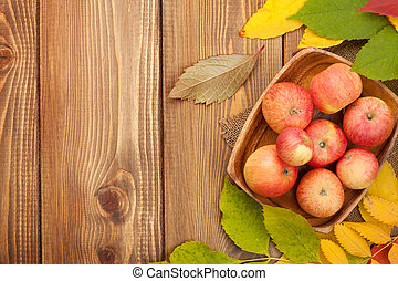 op, herfst, hout, appeltjes , achtergrond, bladeren