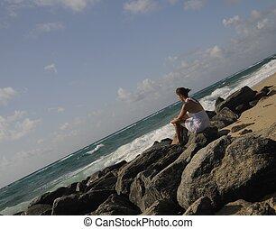 op het strand, 2