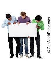 op, mannen, jonge, meldingsbord, vasthouden, leeg