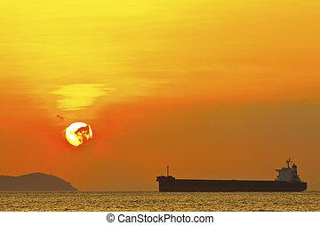 op, ondergaande zon , scène, oceaan
