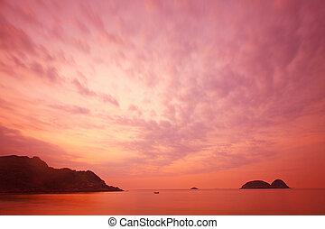 op, ondergaande zon , zee