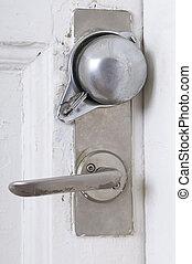 Open or close the door