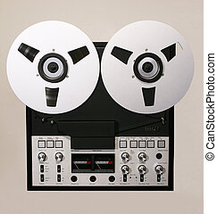 Open Reel recorder - Reel to reel Audio tape recorder