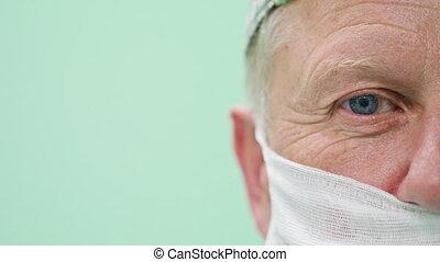 Ophtalmology Surgeon Within the Intervention