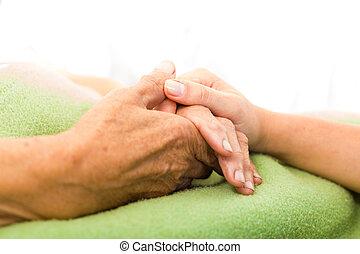 opiekować się, starszy