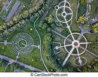 opinión del ojo de los pájaros, de, el, zángano, a, un, jardín, laberinto, y, parque, callejones, de, el, redondo, forma, en, el, park.
