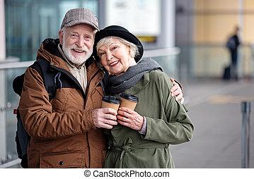 optimista, envelhecido, mulher homem, é, desfrutando, tempo, junto