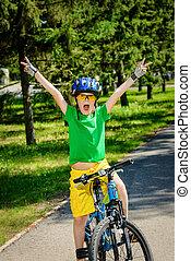 opwindende , fiets helpend