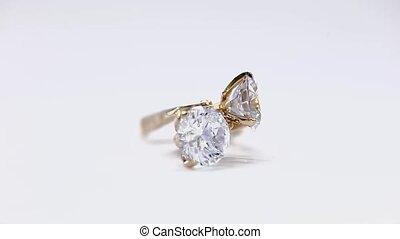 or, tourner, boucle oreille, fond, diamants, blanc
