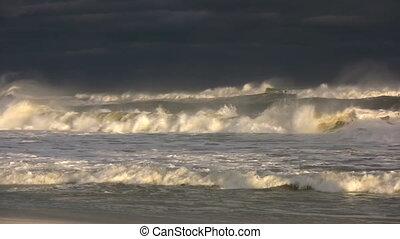 orage tropical, vagues