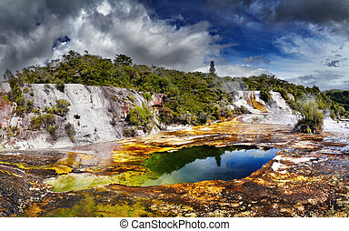 Orakei Korako geotermal valley - Orakei Korako geotermal...