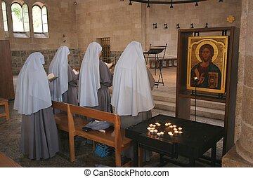 orando, freiras