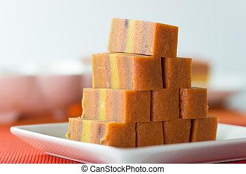 Sarawak layer cake - Orange mixed with taro flavor Sarawak ...