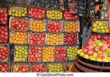 Oranges and Pomegranates in an Isra