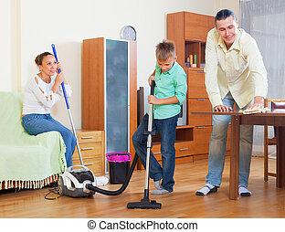 Limpieza de la casa familia familia casa cuatro su - Hacer limpieza en casa ...