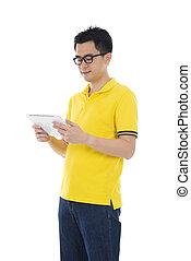 ordinateur homme, asiatique, tablette, désinvolte