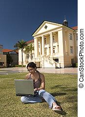 ordinateur portable, étudiant