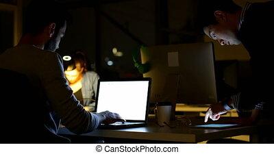 ordinateur portable, bureau, utilisation, cadre, 4k, mâle, bureau