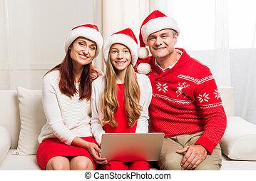 ordinateur portable, chapeaux, santa, famille