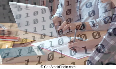 ordinateur portable, codage, traitement, utilisation, personne, contre, numérique, données binaires, animation