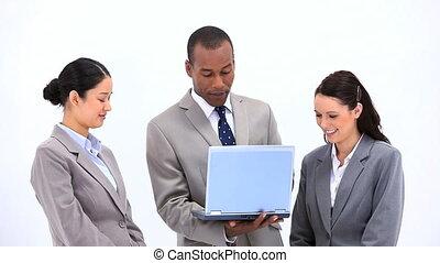 ordinateur portable, conversation, quoique, collègues, utilisation, homme affaires