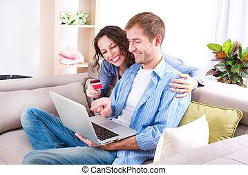 ordinateur portable, jeune, carte de débit, ligne, couple, achat