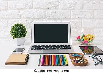 ordinateur portable, Lieu travail