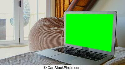 ordinateur portable, maison, table, 4k, gros plan
