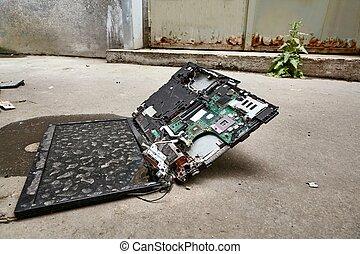 ordinateur portable, matériel, cassé