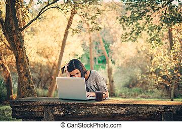 ordinateur portable, parc, girl