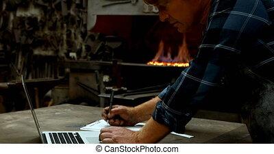 ordinateur portable, quoique, utilisation, écriture,...