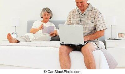 ordinateur portable, sien, quoique, fonctionnement, homme