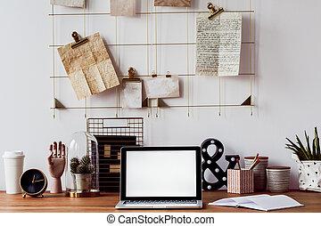 ordinateur portable, sur, bureau bois