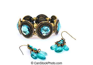 orecchini, braccialetto