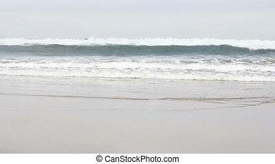 Oregon Coast Ocean Waves - Ocean waves breaking off the...
