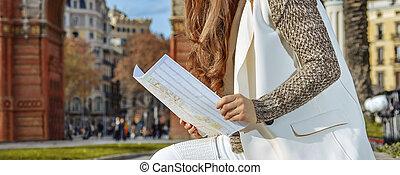 orejeras, mujer, mapa, elegante, barcelona, sonriente, ...