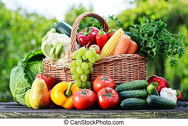 orgánico, jardín, variado, mimbre, vegetales, crudo, cesta
